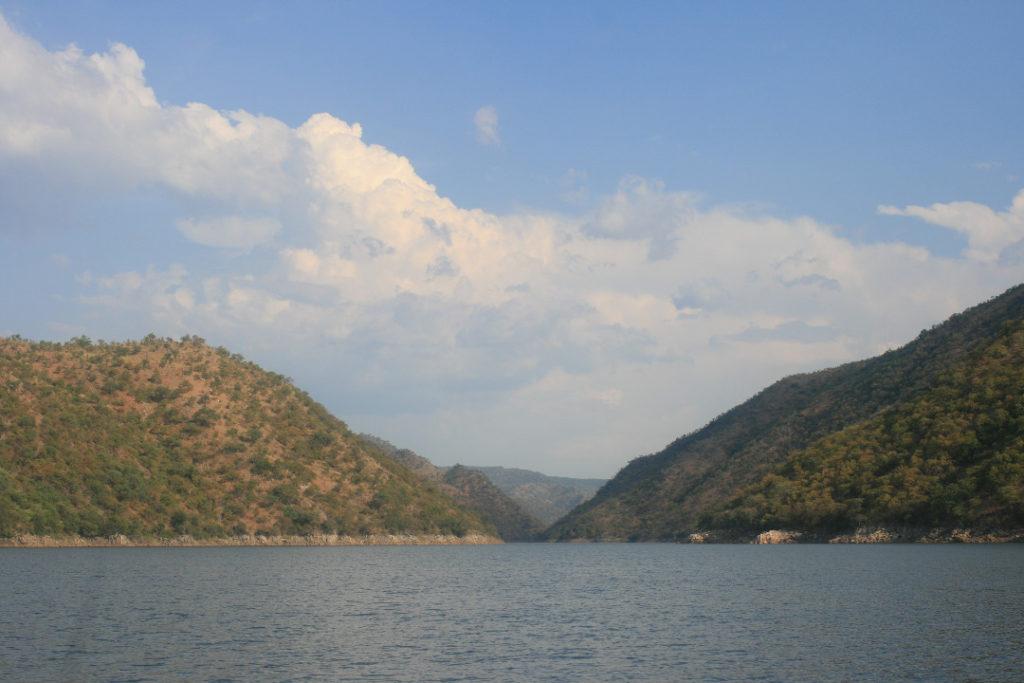 Sanyati Gorge