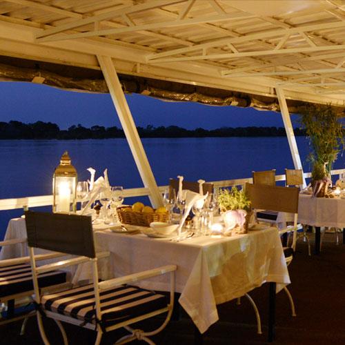 Zambezi-River-Dinner-Cruise